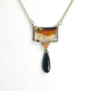 Agate Pendant set in Solid 14K Gold Art Deco Inspired Handmade Necklace