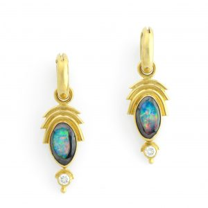 Luxuruious Opal and Diamond Works of Art in Premium 18K Yellow Gold